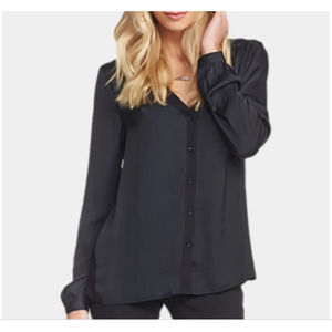 Tart Collections Lorena Button Front V-Neck Top M
